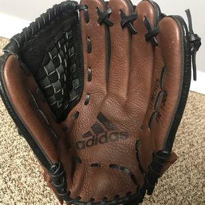 Adidas Climalite TR1300 13 Inch Softball/ Baseball